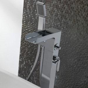 Mitigeur et robinet sp ciaux baignoire et sdb mon robinet - Colonne de baignoire ilot ...