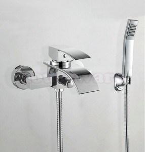 le robinet idal est celui quon actionne facilement qui donne un dbit dans la moyenne qui ne fait pas dclaboussure et qui dverse directement dans la