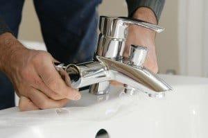 remplacer un robinet baignoire soi même: facile | mon robinet - Changer Le Robinet D Une Baignoire