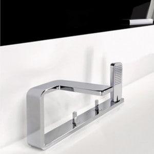 robinet horizontal ou vertical pour baignoire mon robinet. Black Bedroom Furniture Sets. Home Design Ideas