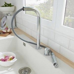 Robinet rabattable fen tre pour vier cuisine mon robinet for Robinetterie pour cuisine sous fenetre