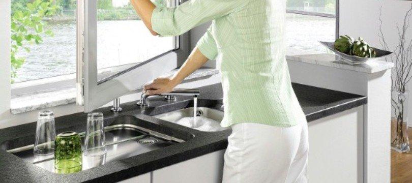 robinet rabattable fen tre pour vier cuisine mon robinet. Black Bedroom Furniture Sets. Home Design Ideas