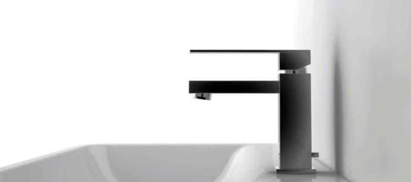 Robinet blanc ou coloré pour lavabo en promo